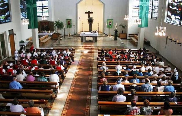 «Lo que hace la iglesia en elreino»
